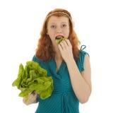 Νέα γυναίκα στη διατροφή στοκ εικόνα με δικαίωμα ελεύθερης χρήσης