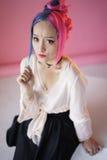 Νέα γυναίκα στο ιαπωνικό anime cosplay Στοκ Φωτογραφίες