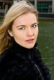Νέα γυναίκα Στοκ εικόνες με δικαίωμα ελεύθερης χρήσης