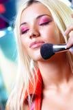 Νέα γυναίκα makeup Στοκ εικόνα με δικαίωμα ελεύθερης χρήσης