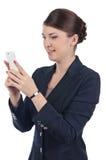 Νέα επιχειρηματίας με το κινητό τηλέφωνο Στοκ φωτογραφία με δικαίωμα ελεύθερης χρήσης