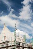 Νέα ευρωπαϊκά οικογενειακά σπίτια κάτω από την κατασκευή Στοκ φωτογραφίες με δικαίωμα ελεύθερης χρήσης