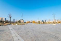 Νέα λεωφόρος στο Μπακού άργυρος Sheher Στοκ εικόνα με δικαίωμα ελεύθερης χρήσης