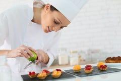 Νέα ζαχαροπλαστικής να προετοιμαστεί έρημος Στοκ εικόνα με δικαίωμα ελεύθερης χρήσης