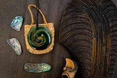 Νέα Ζηλανδία - Maori τα αντικείμενα - μόνα, νεφρίτης και υφαμένος Στοκ φωτογραφία με δικαίωμα ελεύθερης χρήσης