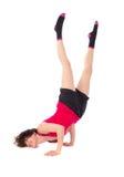 Νέα θηλυκή να κάνει άσκηση Στοκ Φωτογραφίες