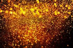 Νέα διακόσμηση έτους, κινηματογράφηση σε πρώτο πλάνο στα χρυσά υπόβαθρα Στοκ εικόνες με δικαίωμα ελεύθερης χρήσης
