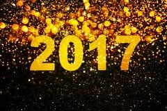 Νέα διακόσμηση έτους, κινηματογράφηση σε πρώτο πλάνο στα χρυσά υπόβαθρα Στοκ Εικόνα
