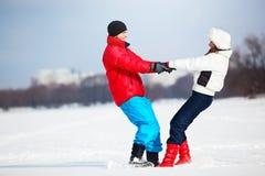 Νέα διασκέδαση ζευγών Στοκ εικόνα με δικαίωμα ελεύθερης χρήσης