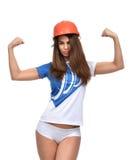 Νέα ισχυρή όμορφη γυναίκα που παρουσιάζει muscularity της Στοκ φωτογραφίες με δικαίωμα ελεύθερης χρήσης