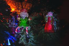 Νέα κάρτα έτους Άγιου Βασίλη και χιονανθρώπων Στοκ Εικόνες