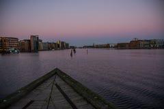 Νέα κτήρια στο λιμάνι της Κοπεγχάγης Δανία στοκ εικόνες