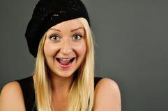 Νέα ξανθή ευτυχής γυναίκα. στοκ φωτογραφίες με δικαίωμα ελεύθερης χρήσης