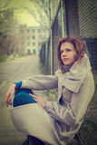 Νέα ονειρεμένος γυναίκα Στοκ Φωτογραφία