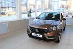 Νέα ρωσική ΑΚΤΙΝΑ X Lada αυτοκινήτων κατά τη διάρκεια της παρουσίασης στις 14 Φεβρουαρίου 2016 στην αυτοκινητική αίθουσα εκθέσεως Στοκ Εικόνες