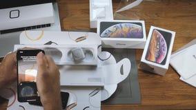 Νέα σειρά ρολογιών της Apple 4 ζευγάρι με το iPhone Xs Max φιλμ μικρού μήκους