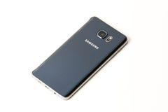 Νέα σημείωση 5 γαλαξιών Smartphone Samsung με τη μάνδρα του S Στοκ εικόνες με δικαίωμα ελεύθερης χρήσης