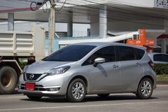 Νέα σημείωση της Nissan αυτοκινήτων Eco Στοκ εικόνες με δικαίωμα ελεύθερης χρήσης