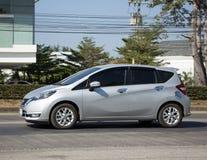 Νέα σημείωση της Nissan αυτοκινήτων Eco Στοκ φωτογραφία με δικαίωμα ελεύθερης χρήσης