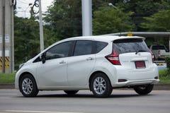 Νέα σημείωση της Nissan αυτοκινήτων Eco Στοκ Εικόνες