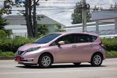 Νέα σημείωση της Nissan αυτοκινήτων Eco Στοκ Φωτογραφίες