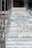 Νέα συγκεκριμένη σκάλα Στοκ Εικόνες
