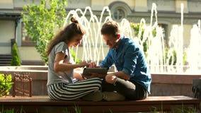 Νέα συνεδρίαση ζευγών αγάπης από την όμορφη πηγή φιλμ μικρού μήκους