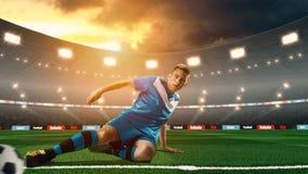 Νέα σφαίρα λακτίσματος ποδοσφαιριστών στο τρισδιάστατο στάδιο ποδοσφαίρου στοκ εικόνα με δικαίωμα ελεύθερης χρήσης