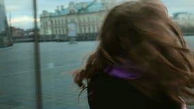 Νέα τοποθέτηση γυναικών της Νίκαιας φιλμ μικρού μήκους