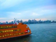 Νέα Υόρκη, ΗΠΑ - 13 Φεβρουαρίου 2013: Πορθμείο νησιών Staten, πόλη της Νέας Υόρκης, ΗΠΑ Στοκ Εικόνες