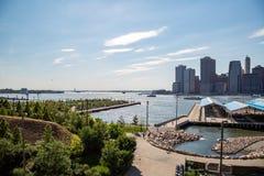 Νέα Υόρκη, πόλη/ΗΠΑ - 10 Ιουλίου 2018: Πάρκο Stirling οχυρών σε σαφή Στοκ εικόνες με δικαίωμα ελεύθερης χρήσης