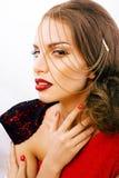 Νέα όμορφη γυναίκα με το ύφος μόδας makeup, αλυσίδα όπως gussar Στοκ φωτογραφίες με δικαίωμα ελεύθερης χρήσης