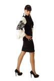 Νέα όμορφη γυναίκα στο φόρεμα κοκτέιλ Στοκ εικόνα με δικαίωμα ελεύθερης χρήσης