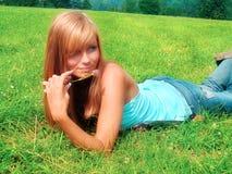 Νέα όμορφη/προκλητική γυναίκα με το ξανθό τρίχωμα Στοκ Εικόνες