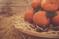 Νέα tangerines έτους ` s σε ένα ξύλινο υπόβαθρο Στοκ Εικόνα