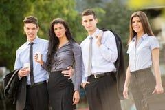 Νέοι επιχειρηματίες στο διάλειμμα Στοκ Φωτογραφία
