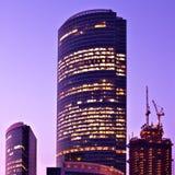 νέοι ουρανοξύστες επιχειρησιακών κέντρων Στοκ φωτογραφία με δικαίωμα ελεύθερης χρήσης