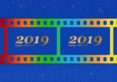 Νέοι χαιρετισμοί έτους για το 2019 με τη ζωηρόχρωμη κενή ταινία και το φωτογραφικό παράθυρο με τη χρυσή επιγραφή καλή χρονιά και  διανυσματική απεικόνιση