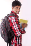 Νέος αρσενικός φοιτητής πανεπιστημίου με την τσάντα, που κρατά τα αρχεία Στοκ φωτογραφία με δικαίωμα ελεύθερης χρήσης