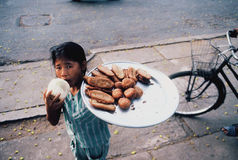 Νέος βιετναμέζικος προμηθευτής τροφίμων Στοκ Φωτογραφίες