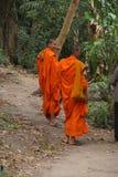 Νέος βουδιστικός μοναχός δύο Στοκ φωτογραφία με δικαίωμα ελεύθερης χρήσης