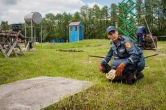 Νέος εξοπλισμός για τους ουκρανικούς σκαπανείς Στοκ εικόνες με δικαίωμα ελεύθερης χρήσης