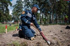 Νέος εξοπλισμός για τους ουκρανικούς σκαπανείς Στοκ Φωτογραφία
