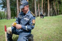 Νέος εξοπλισμός για τους ουκρανικούς σκαπανείς Στοκ φωτογραφίες με δικαίωμα ελεύθερης χρήσης