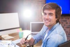 Νέος επιχειρηματίας στο γραφείο στην αρχή Στοκ εικόνα με δικαίωμα ελεύθερης χρήσης