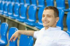 Νέος ελκυστικός επιχειρηματίας Στοκ φωτογραφία με δικαίωμα ελεύθερης χρήσης