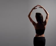 Νέος και προκλητικός σύγχρονος χορευτής στοκ εικόνες