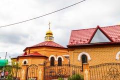 Νέος ναός τούβλου Θεού, που χτίζεται πρόσφατα στοκ φωτογραφία