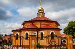 Νέος ναός τούβλου Θεού, που χτίζεται πρόσφατα στοκ εικόνα με δικαίωμα ελεύθερης χρήσης