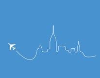 νέος ορίζοντας Υόρκη αεροπλάνων Στοκ φωτογραφία με δικαίωμα ελεύθερης χρήσης